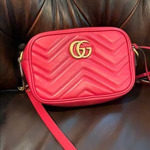 Gucci marmont small camera bag with dust bag